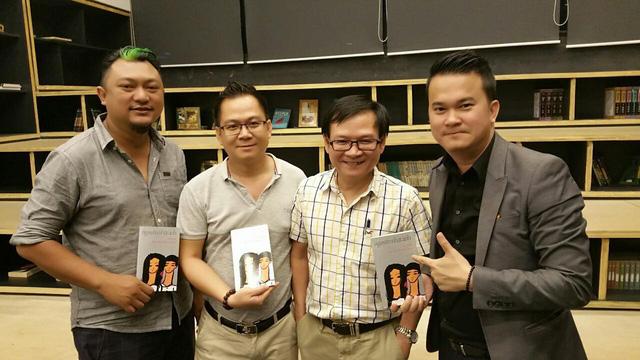 ĐD Phan Gia Nhật Linh (ngoài cùng bên trái) và nhà văn Nguyễn Nhật Ánh (thứ hai bên phải)