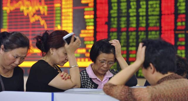 Thị trường tài chính thế giới lao đao trước việc giá dầu giảm mạnh