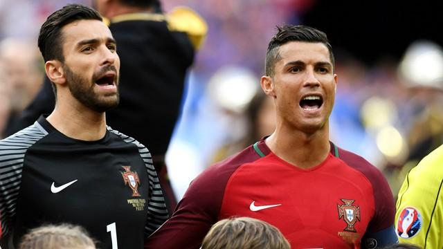 Đội trưởng Cristiano Ronaldo được đánh giá là ngôi sao cô đơn trong đội hình ĐT Bồ Đào Nha