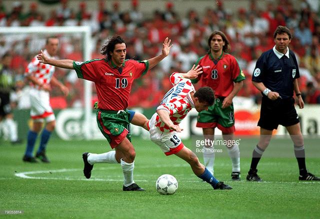 Bồ Đào Nha (áo đỏ) từng đánh bại Croatia với tỉ số 3-0 ở EURO 1996. Ảnh: Getty