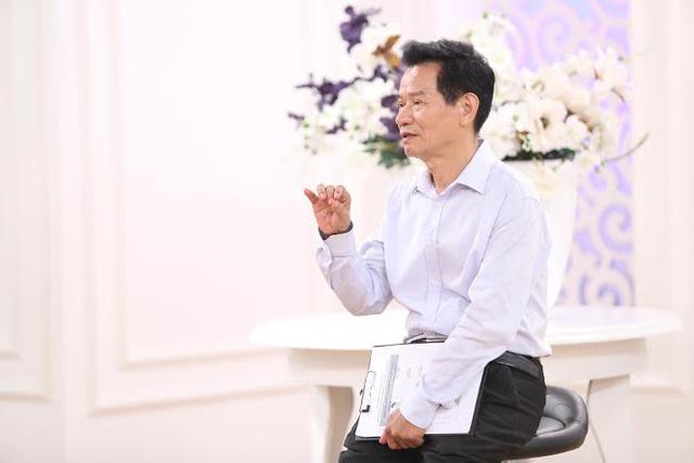 Chuyên gia - Nguyên Đại sứ Lê Vĩnh Thử.