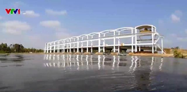 Cống Láng Thé của dự án thủy lợi Nam Măng Thít.