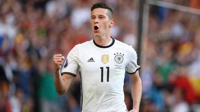 Julian Draxler đã có kỳ EURO thành công với cá nhân cầu thủ này.