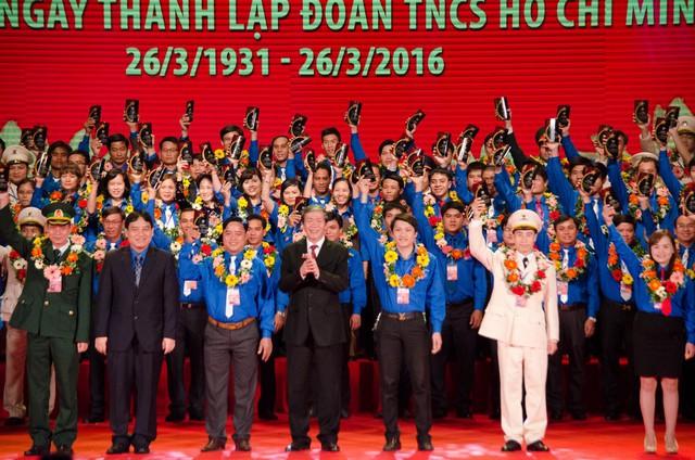 85 cán bộ đoàn viên tiêu biểu được nhận giải thưởng Lý Tự Trọng 2016
