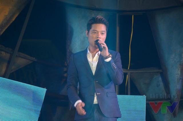 Ca sĩ trẻ Dương Trần Nghĩa mang đến không khí dịu êm với ca khúc Angels