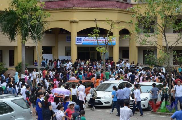 Hơn 2.900 thí sinh Thủ đô bước vào kỳ thi tuyển vào lớp 10 THPT chuyên Ngoại ngữ
