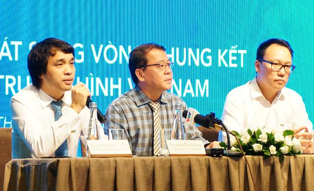 Đại diện VTV giải đáp thắc mắc của báo chí.