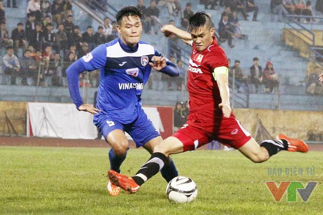Sau những nỗ lực tấn công, cuối cùng, bàn thắng thứ 2 đã đến với ĐT Việt Nam với cú sút quyết đoán trong vòng cấm