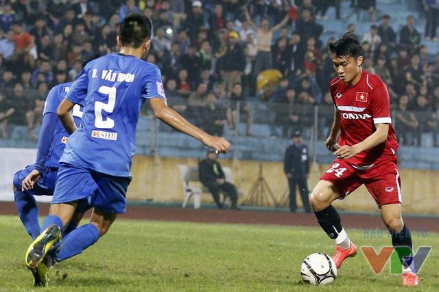 Phút 90, Đình Đồng khép lại thắng lợi 4-0 cho ĐT Việt Nam với cú sút bằng chân trái khôn ngoan