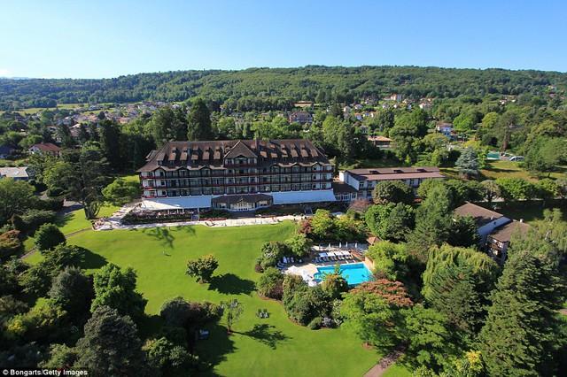 Nhà ĐKVĐ thế giới, ĐT Đức đặt đại bản doanh tại khách sạn 4 sao Hotel Ermitage.