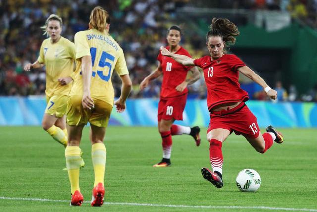 Dzsenifer Marozsán mở tỉ số cho ĐT bóng đá nữ Đức