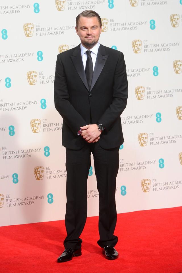 Leo với vẻ ngoài phát tướng hơn tại EE British Academy Film Awards 2014.