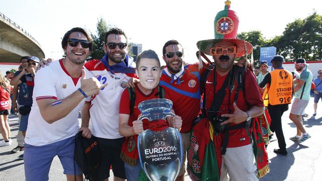 Trong khi đó, CĐV Bồ Đào Nha kỳ vọng Ronaldo cùng các đồng đội sẽ gây bất ngờ