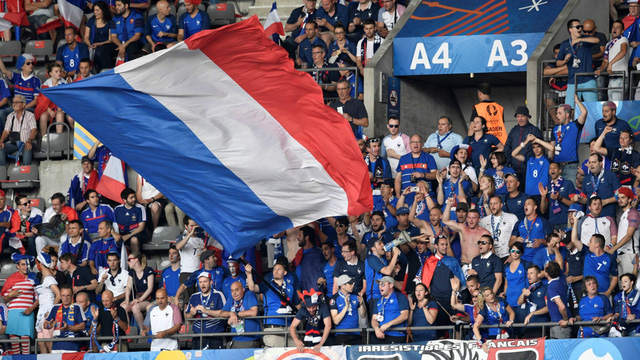 Trước trận chung kết EURO 2016, người Pháp rất tự tin về cái duyên vô địch trên sân nhà