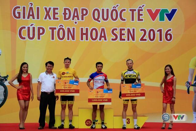 Ở chặng 5 này, cua-rơ Nguyễn Tấn Hoài của đội Vĩnh Long đã xuất sắc về nhất ở Print 1 và Print 2