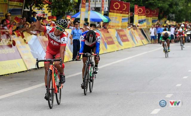 Chặng 6 Giải xe đạp quốc tế VTV - Cúp Tôn Hoa Sen 2016: Ấn tượng Lê Văn Duẩn - Ảnh 1.