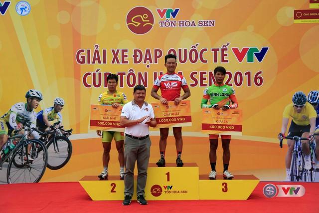 Chặng 6 Giải xe đạp quốc tế VTV - Cúp Tôn Hoa Sen 2016: Ấn tượng Lê Văn Duẩn - Ảnh 3.