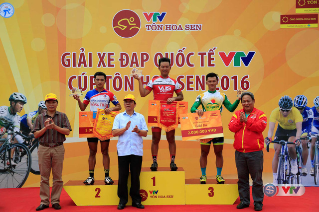 Chặng 6 Giải xe đạp quốc tế VTV - Cúp Tôn Hoa Sen 2016: Ấn tượng Lê Văn Duẩn - Ảnh 5.