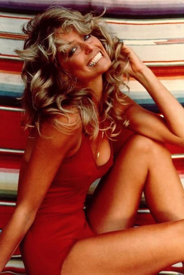 Farrah Fawcett - ngôi sao phim Charlie's Angels - cũng từng được đánh giá là người đẹp mang vẻ đẹp đặc trưng của Mỹ với mái tóc vàng nổi bật.