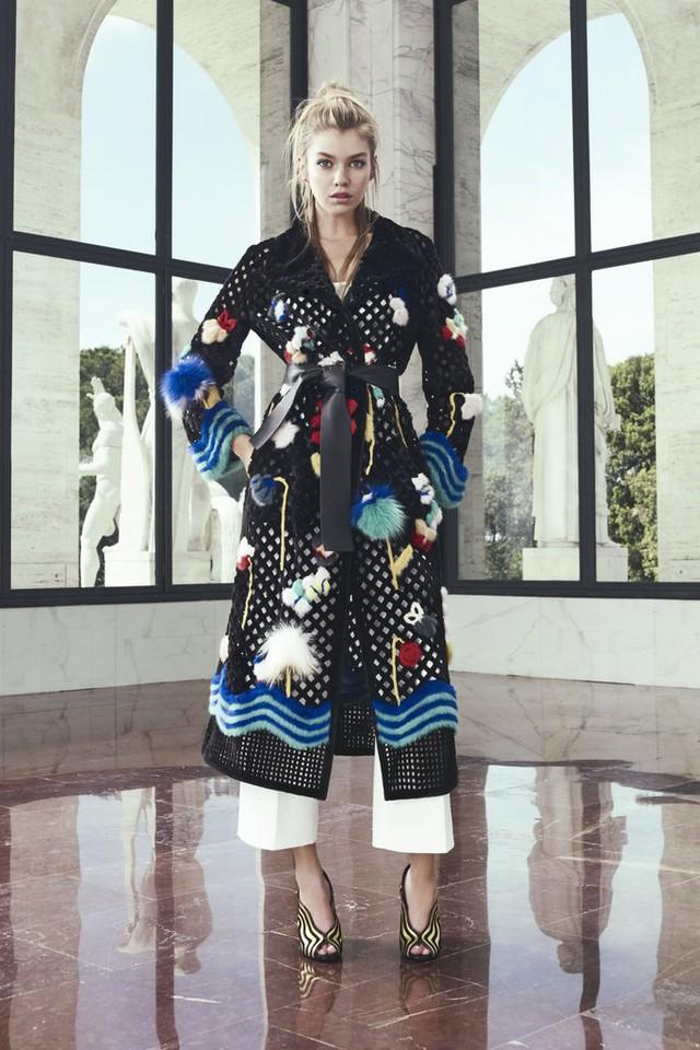 Một thiết kế áo khoác mới đẹp mắt của Fendi.