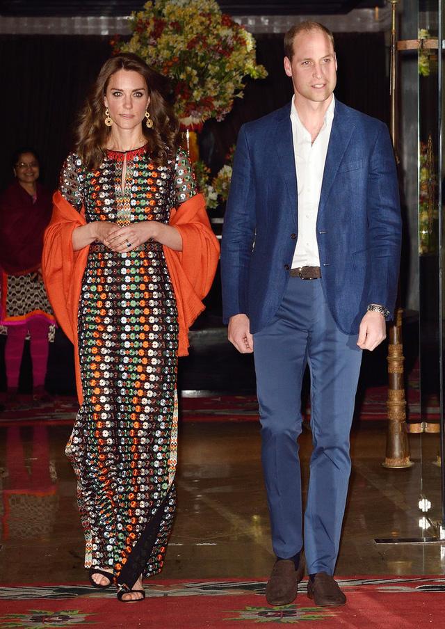 Công nương Anh tham dự một sự kiện ở Bhutan với thiết kế váy nổi bật của Tomy Burch.