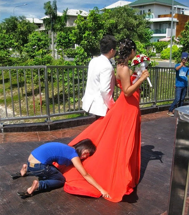 Bí kíp để giúp cho váy cô dâu có thể xòe rộng ra như công chúa