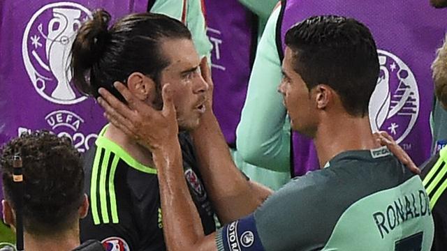C.Ronaldo có thể là người háo thắng, kiêu căng... tuy nhiên, anh cũng luôn là người đồng đội rất tình cảm.