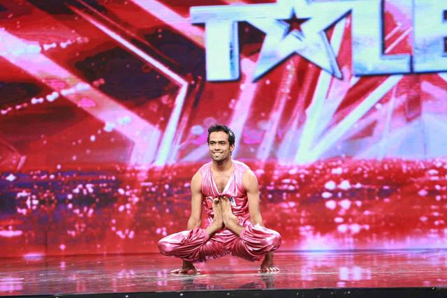 Chàng trai yoga Gaurav Sharma sẽ trở lại trên sân khấu Vietnams Got Talent.