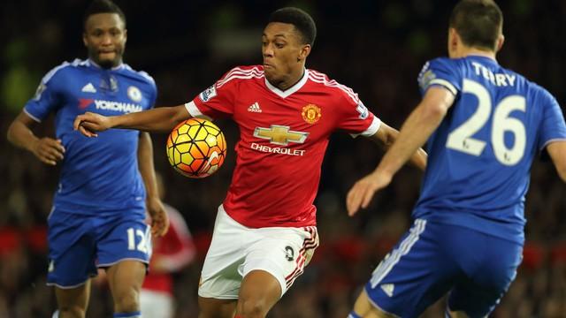 Tiền đạo đang có phong độ cao Anthony Martial sẽ là mối đe dọa hàng đầu với hàng thủ Chelsea