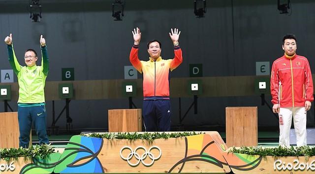 Hoàng Xuân Vinh giành 1 HCV và 1 HCB tại Olympic Rio 2016
