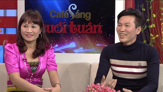 Nghệ sĩ hài mới nổi Lê Thị Dần (trái) sẽ trở thành khách mời trong chương trình Café sáng cuối cùng của năm.