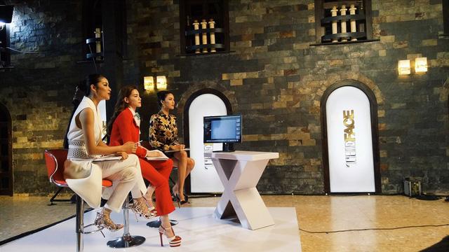 Với những màu sắc rất riêng biệt, cuộc chiến của ba HLV The Face mùa đầu tiên hứa hẹn sẽ mang đến nhiều điều thú vị cho khán giả. Chương trình sẽ chính thức lên sóng vào 20h thứ 7 (18/6) trên kênh VTV3.