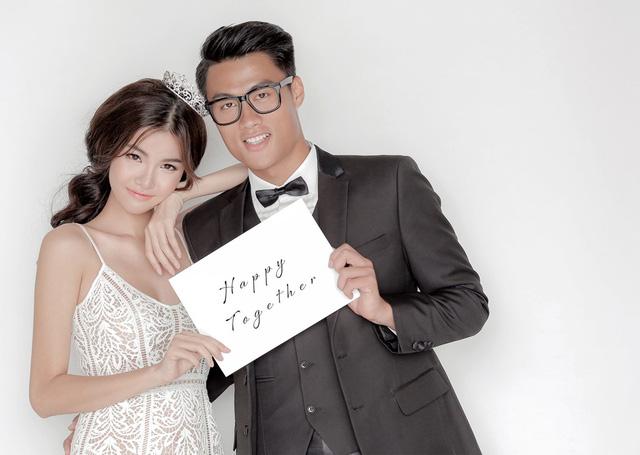 Cặp đôi diện trang phục của NTK Chung Thanh Phong trong bộ ảnh cưới