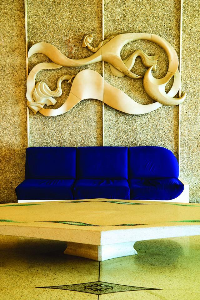 Một hình ảnh bên trong khách sạn Riviera, một trong những khách sạn lừng danh tại đây.