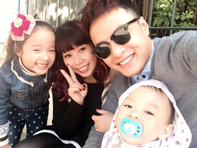 Nam diễn viên thường xuyên đăng tải hình ảnh gia đình lên Facebook cá nhân