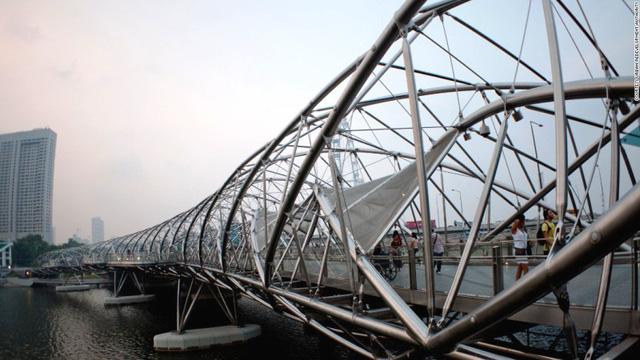 4. Helix, Singapore, đã hoàn thành năm 2010.
