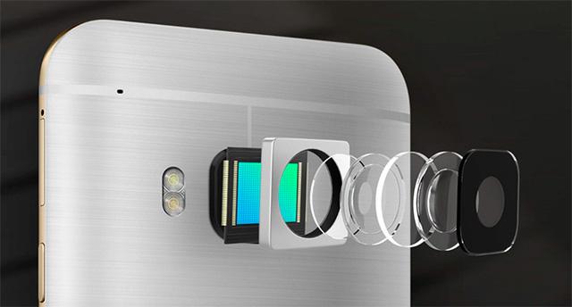 HTC One S9 được trang bị camera sau với độ phân giải 13MP, khẩu độ f/2.0, tích hợp tính năng chống rung quang học