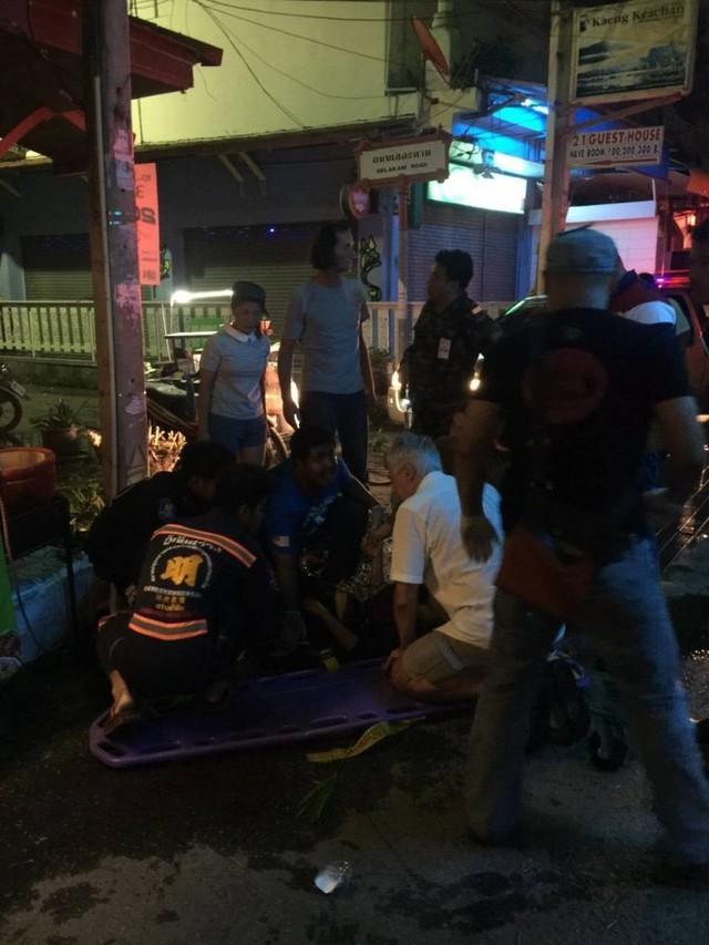 Bên cạnh một người phụ nữ được tìm thấy đã thiệt mạng, còn có 20 người khác bị thương, trong đó có người nước ngoài.