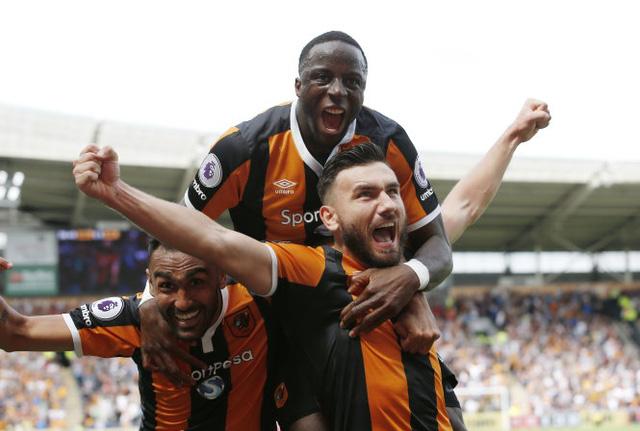 Tân binh Hull City bất ngờ giành chiến thắng trước ĐKVĐ Leicester City