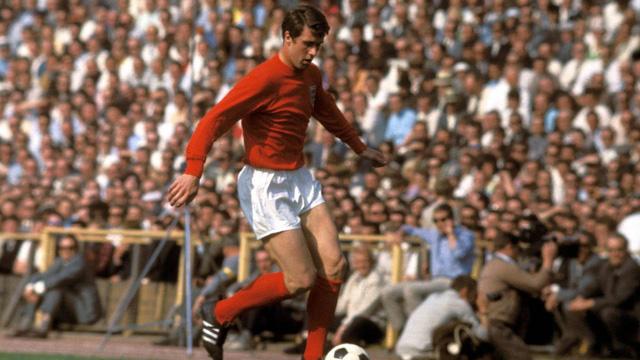 Geoff Hurst là người hùng ĐT Anh với cú hat-trick trong trận chung kết ở Wembley mang về danh hiệu vô địch World Cup duy nhất trong lịch sử.