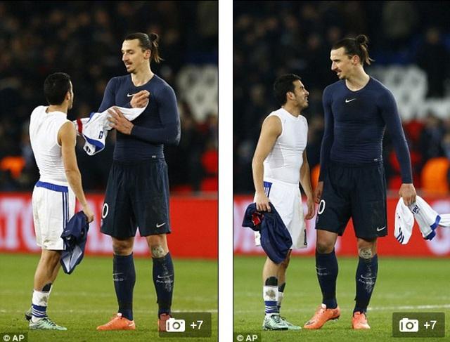 Pedro từng là đồng đội cũ của Ibra ở Barca nhanh chóng có được điều mình cần là chiếc áo đấu của Ibra.