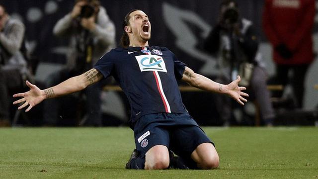 Ibrahimovic sẽ nhận lương lên tới 250.000 bảng/tuần tại Old Trafford (Ảnh: AP)