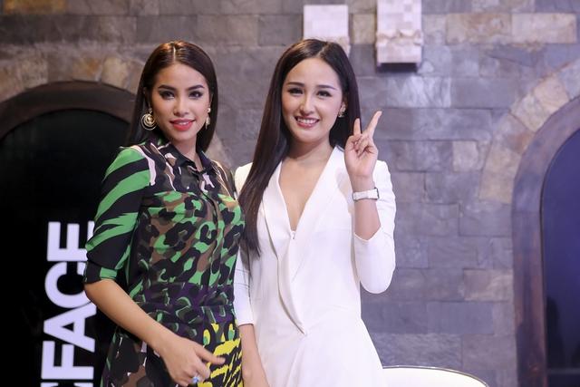 Hoa hậu Mai Phương Thúy diện đồ trắng thanh lịch bên giám khảo Phạm Hương.