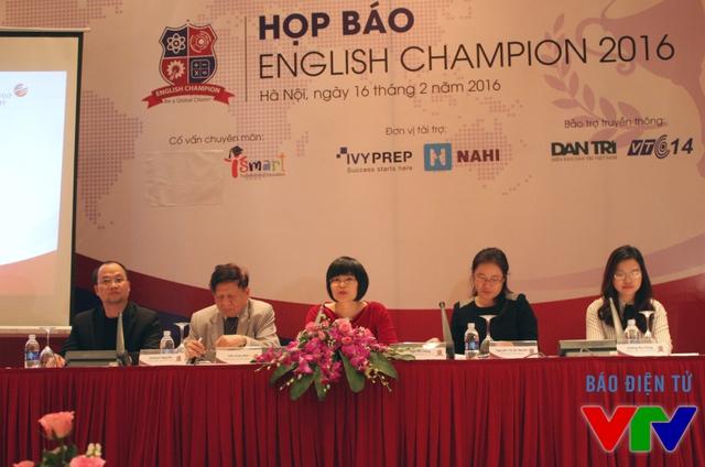 Buổi họp báo cuộc thi English Champion 2016 diễn ra tại Hà Nội vào chiều nay (16/2).