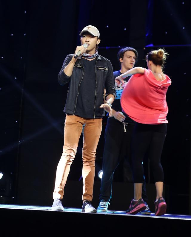 Với việc thể hiện ca khúc Thôi, Võ Đình Phước chia sẻ đây là một thử thách khá khó không chỉ riêng anh mà còn của các thí sinh khác.