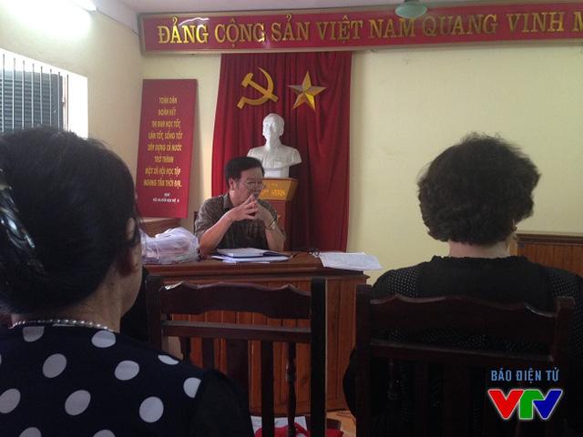 UBND và UBMT Tổ quốc các phường tổ chức cho các cử tri học Luật bầu cử