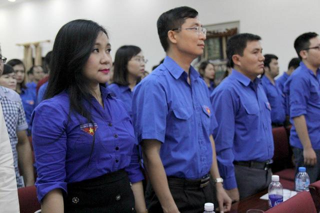Lễ tuyên dương phóng viên, biên tập viên trẻ tiêu biểu năm 2016 vinh dự được tổ chức tại Hội trường Khu di tích Phủ Chủ tịch