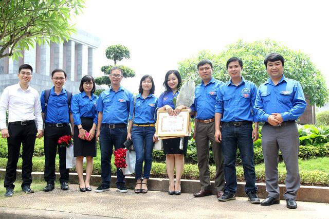 Đại diện các cơ quan thuộc Đoàn Đài Truyền hình Việt Nam có mặt tại buổi lễ