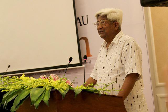 Đồng chí Phạm Thế Duyệt, nguyên Ủy viên Bộ Chính trị, nguyên Chủ tịch Ủy ban Trung ương Mặt trận Tổ quốc Việt Nam phát biểu tại buổi họp báo