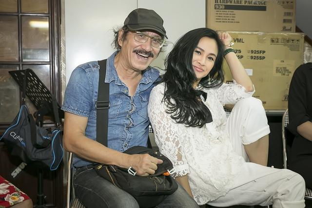 Thanh Lam được Nguyễn Cường tin tưởng giao phó những ca khúc hát về Hà Nội. Ông tin rằng sự nồng nàn, đằm thắm của diva làng nhạc Việt sẽ tôn lên vẻ đẹp cho các sáng tác của ông.